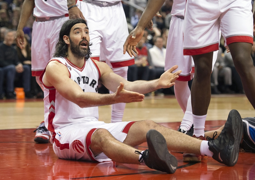 9201099-luis-scola-nba-orlando-magic-toronto-raptors