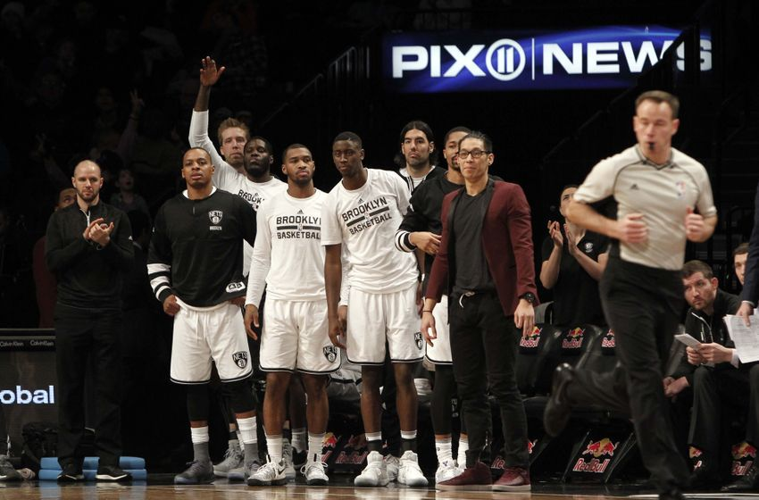 Jan 8, 2017; Brooklyn, NY, USA; Brooklyn Nets guard Jeremy Lin (7) reacts with the team during the third quarter against Philadelphia 76ers at Barclays Center. Sixers win 105-95. Mandatory Credit: Nicole Sweet-USA TODAY Sports