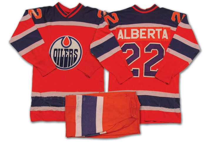 9ebc02c97c9 So there's something interesting about the Alberta Edmonton Oiler's logo  and colour scheme.