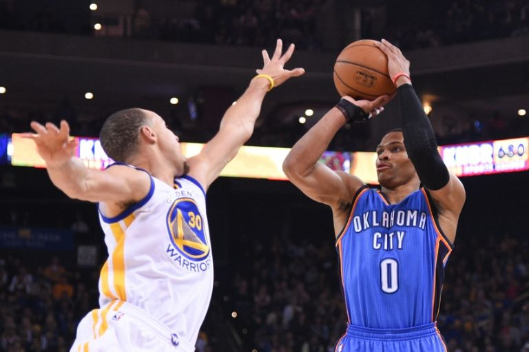 Russell-westbrook-stephen-curry-nba-oklahoma-city-thunder-golden-state-warriors-1-768x0