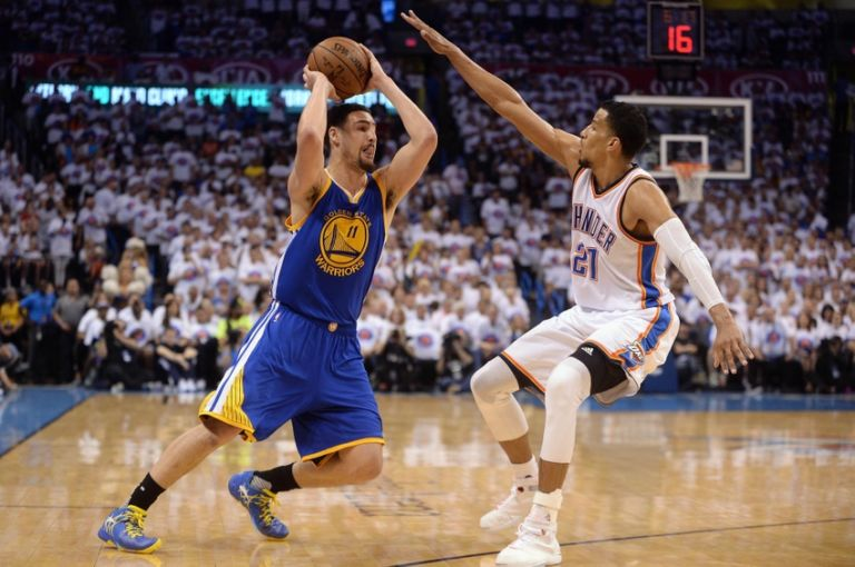 Andre-roberson-klay-thompson-nba-playoffs-golden-state-warriors-oklahoma-city-thunder-768x510