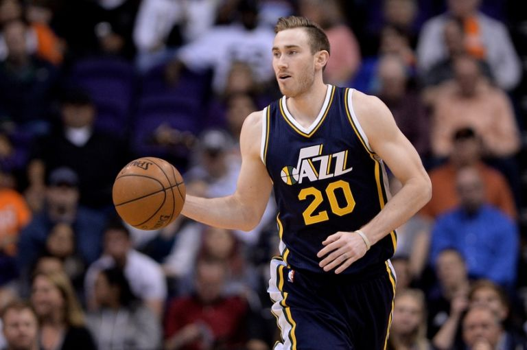 9100629-gordon-hayward-nba-utah-jazz-phoenix-suns-768x510