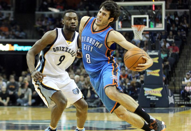 Dec 29, 2016; Memphis, TN, USA; Oklahoma City Thunder guard Alex Abrines (8) drives against Memphis Grizzlies guard Tony Allen (9) during the second half at FedExForum. Memphis defeated Oklahoma City 114-80. Mandatory Credit: Nelson Chenault-USA TODAY Sports