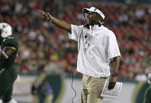 Nov 16, 2013; Tampa, FL, USA; South Florida Bulls head coach Willie Taggart reacts against the Memphis Tigers during the second quarter at Raymond James Stadium. Mandatory Credit: Kim Klement-USA TODAY Sports