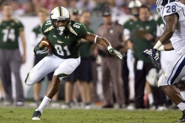 November 3, 2011; Tampa, FL, USA; South Florida Bulls wide receiver Andre Davis (81) runs after a catch against the Connecticut Huskies at Raymond James Stadium. Mandatory Credit: Jeff Griffith-USA TODAY Sports