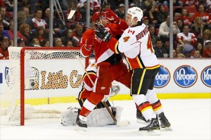 Central Division: Calgary Flames at Detroit Red Wings