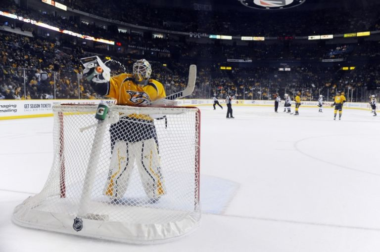 Carter-hutton-nhl-colorado-avalanche-nashville-predators-768x510