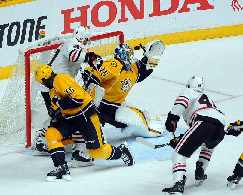 9607197-pekka-rinne-nhl-chicago-blackhawks-nashville-predators