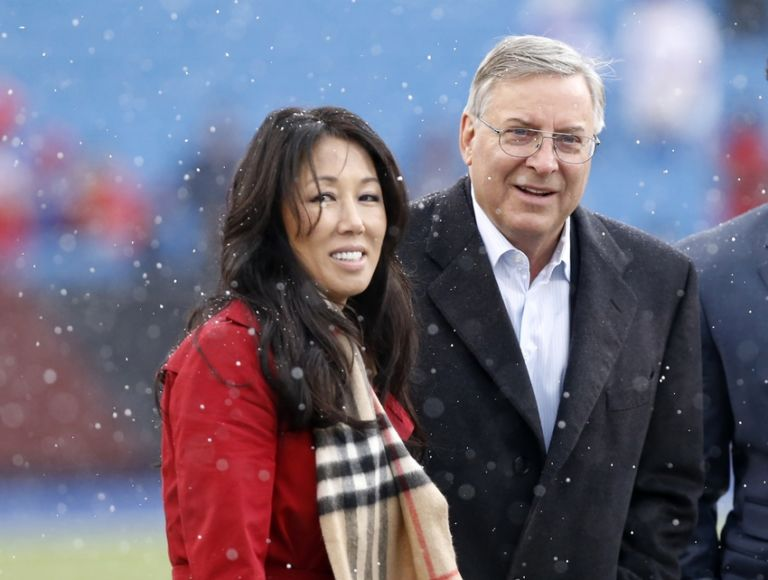 8871901-terry-pegula-nfl-cincinnati-bengals-buffalo-bills-768x580