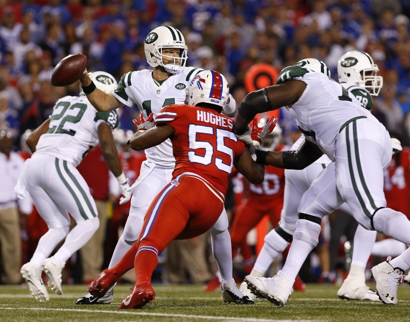 9541425-ryan-fitzpatrick-jerry-hughes-nfl-new-york-jets-buffalo-bills-1