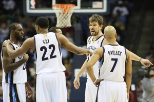 Nov 16, 2012; Memphis, TN, USA; Memphis Grizzlies center Marc Gasol (33) talks to guards Quincy Pondexter (20), Rudy Gay (22) and Jerryd Bayless (7) during a timeout in the game against the New York Knicks at the FedEx Forum. Memphis defeated New York 105-95. Mandatory Credit: Nelson Chenault-US PRESSWIRE