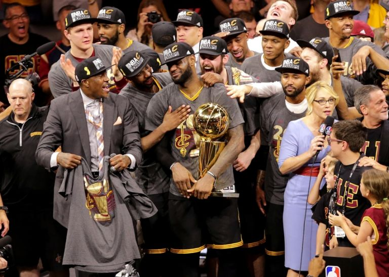 Lebron-james-nba-finals-cleveland-cavaliers-golden-state-warriors-2-768x548