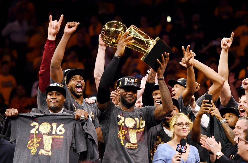 Jun 19, 2016; Oakland, CA, USA; Cleveland Cavaliers forward LeBron James (23) and the Cleveland Cavaliers celebrates with the Larry O