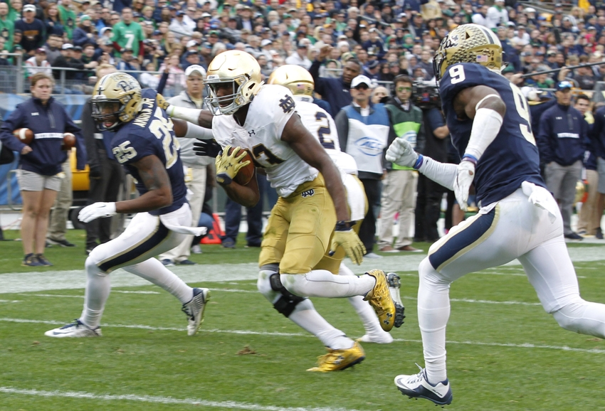 Josh-adams-ncaa-football-notre-dame-pittsburgh