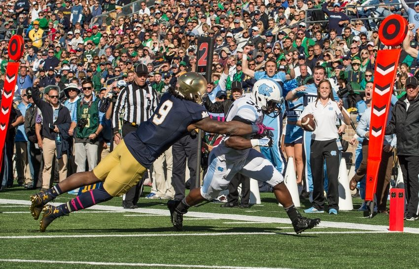 Jaylon-smith-elijah-hood-ncaa-football-north-carolina-notre-dame-850x546