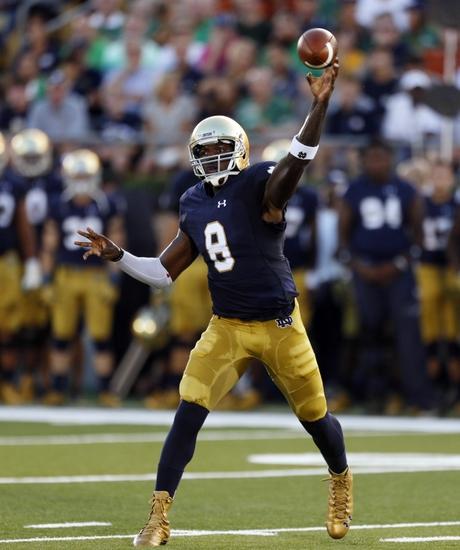 Notre Dame QBs Kizer, Zaire will share duties vs