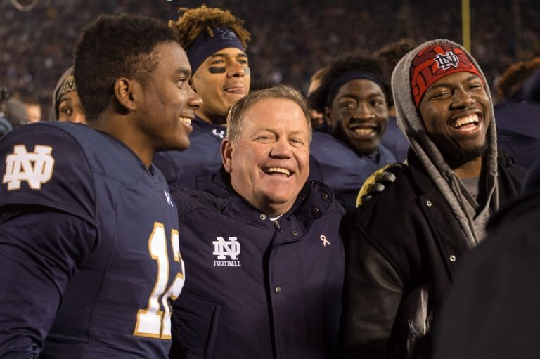 8867991-brian-kelly-ncaa-football-southern-california-notre-dame-768x511