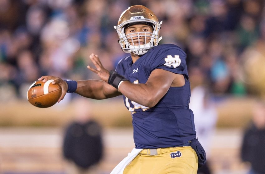8925611-deshone-kizer-ncaa-football-wake