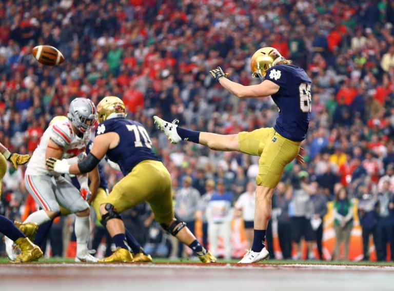 9266683-ncaa-football-fiesta-bowl-notre-dame-vs-ohio-state-768x568