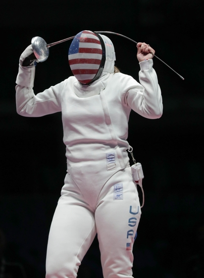 9447228-injeong-choi-courtney-hurley-olympics-fencing
