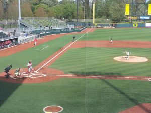 The Oregon Baseball team takes on Washington State at PK Park in the finale of a three game series//KPNWSports
