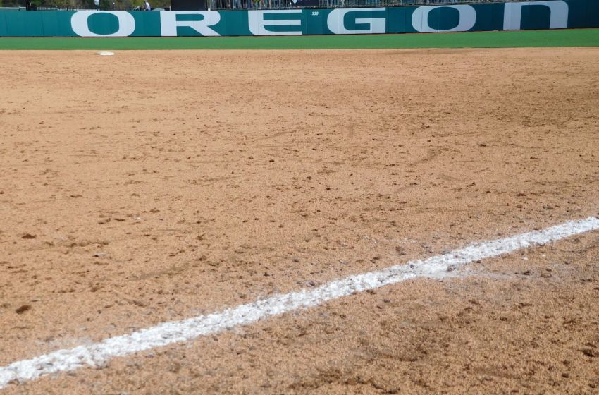 Oregon Ducks Softball Back On Offensive Track After