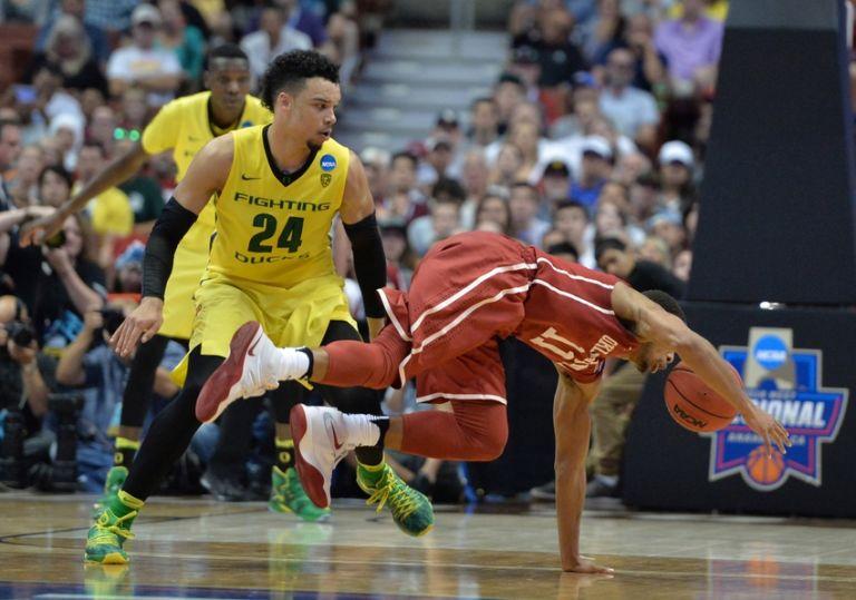 West-regional-dillon-brooks-isaiah-cousins-ncaa-basketball-ncaa-tournament-west-regional-oklahoma-vs-oregon-768x539