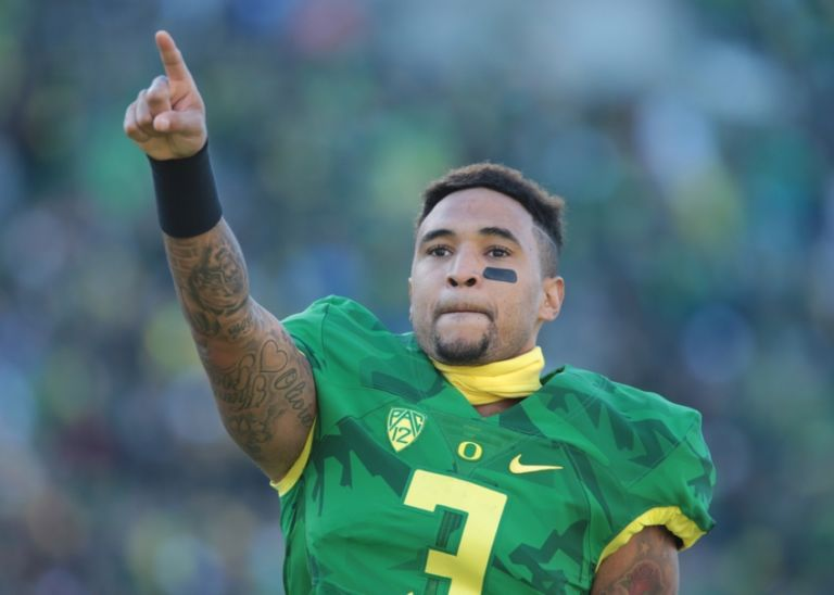 Vernon-adams-jr-ncaa-football-oregon-state-oregon-768x548