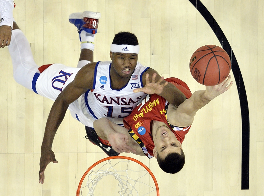 9210101-ncaa-basketball-ncaa-tournament-south-regional-kansas-vs-maryland