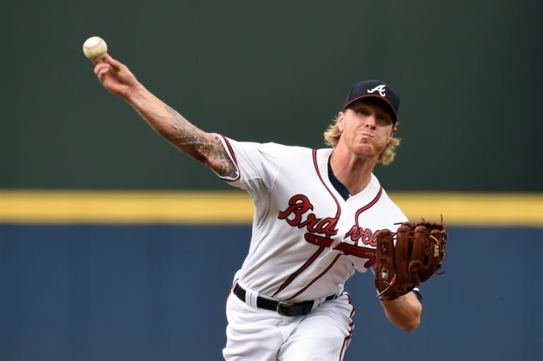 Mike-foltynewicz-mlb-san-francisco-giants-atlanta-braves-768x511