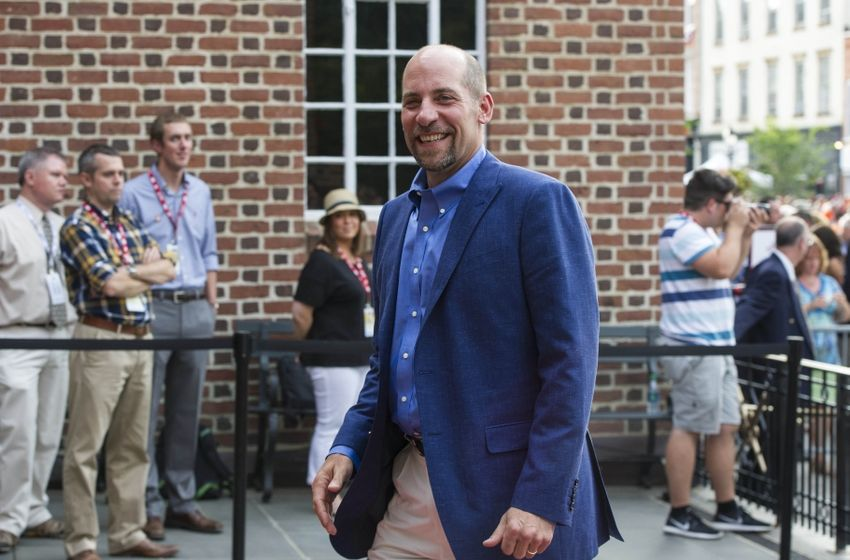 Jul 25, 2015; Cooperstown, NY, USA; Hall of Fame Inductee John Smoltz smiles as he arrives at National Baseball Hall of Fame. Mandatory Credit: Gregory J. Fisher-USA TODAY Sports