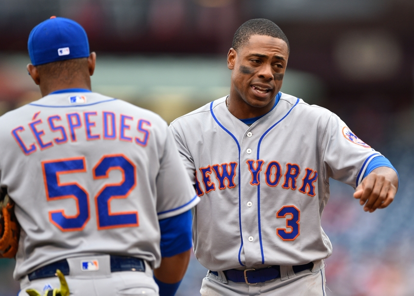 9590533-curtis-granderson-yoenis-cespedes-mlb-new-york-mets-philadelphia-phillies