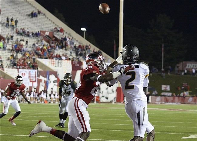 Sep 21, 2013; Bloomington, IN, USA; Missouri Tigers wide receiver L
