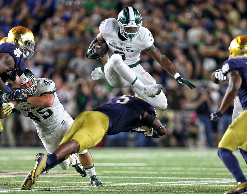 9547017-ncaa-football-michigan-state-notre-dame