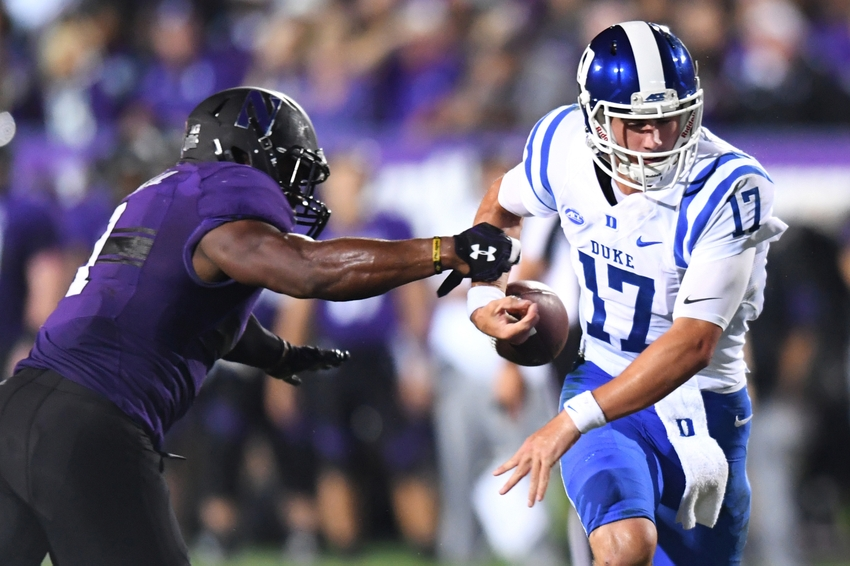 9547742-daniel-jones-ncaa-football-duke-northwestern