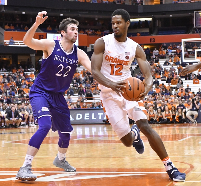 9680276-ncaa-basketball-holy-cross-syracuse