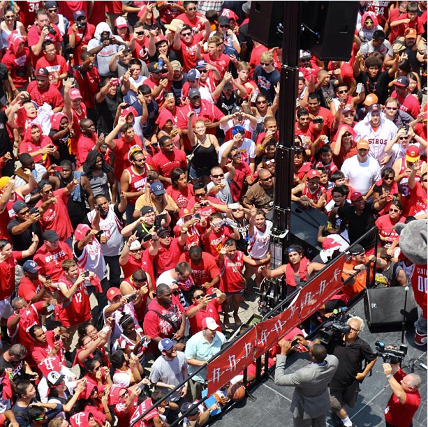 Houston Rockets Championship Roster: Over 10,000 Fans Come Out For Dwight Howard Rally