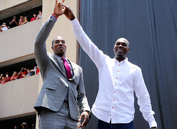 Dwight Howard Poses With Hakeem Olajuwon During the Houston Rockets Fan Rally in July