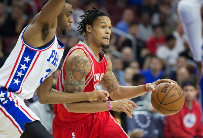 Hollis-thompson-k.j.-mcdaniels-nba-houston-rockets-philadelphia-76ers-768x523