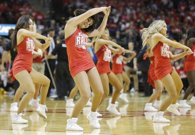 Houston-rockets-power-dancers-nba-playoffs-golden-state-warriors-houston-rockets-768x532