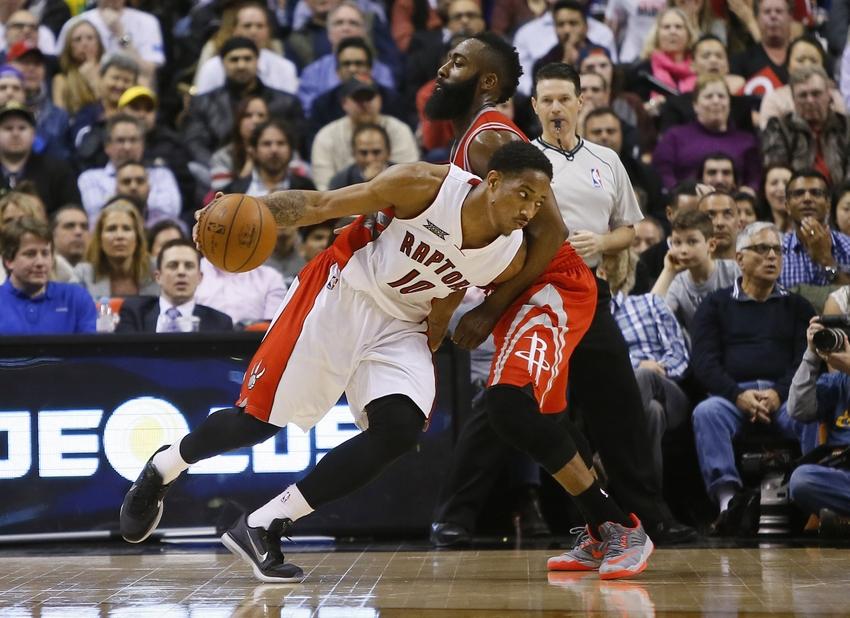 2d9a6e7ba4 Mar 30, 2015; Toronto, Ontario, CAN; Toronto Raptors guard DeMar DeRozan