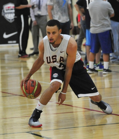 Aug 15, 2014; Chicago, IL, USA; USA guard Stephen Curry during