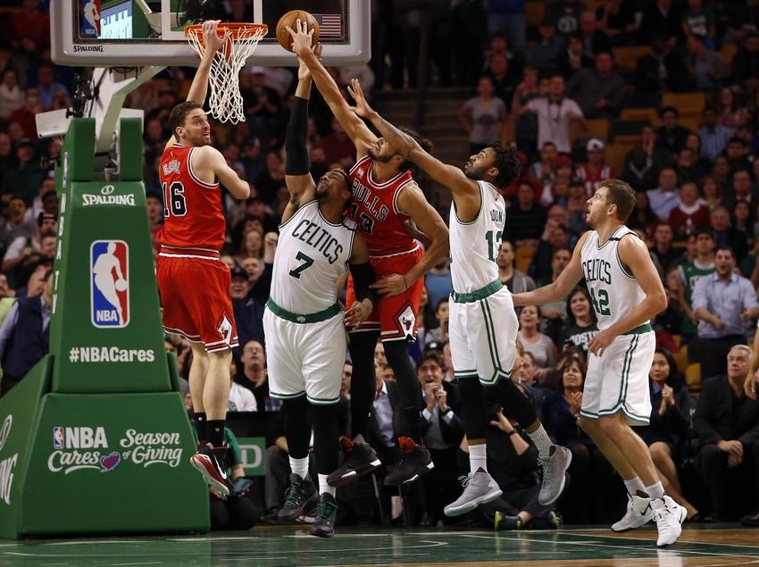 NBA Players Locking Arms During National Anthem