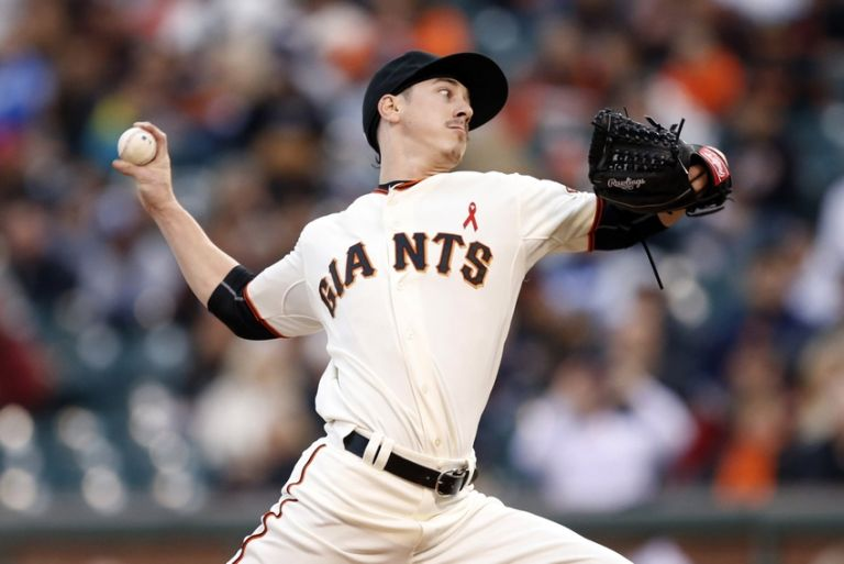 Tim-lincecum-mlb-los-angeles-dodgers-san-francisco-giants-768x0