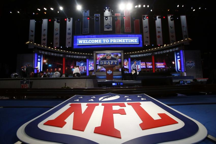 2021-22 NFL Computer Predictions and Rankings Archival NFL Draft Player News Quarterbacks  three quarterbacks draft