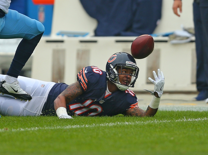 9708754-marquess-wilson-jason-mccourty-nfl-tennessee-titans-chicago-bears
