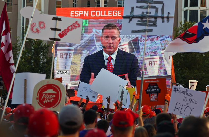college football playoff odds where is college gameday today