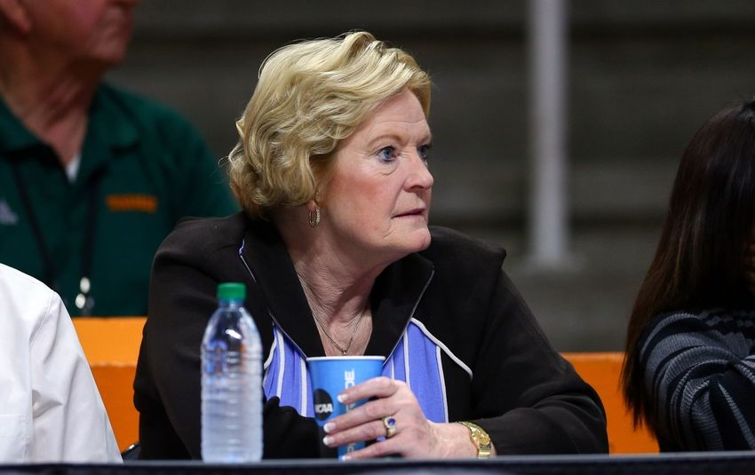 Pat-summitt-ncaa-womens-basketball-ncaa-tournament-first-round-boise-state-vs-tennessee-850x535
