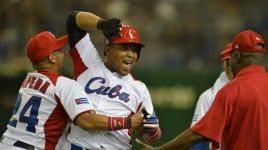 NoMas: Cuban Slugger Yasmany Tomas Signs with Diamondbacks, not Phillies