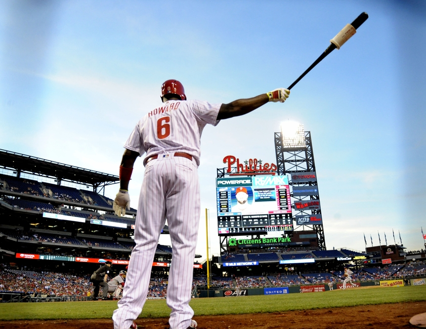 9318348-ryan-howard-mlb-washington-nationals-philadelphia-phillies